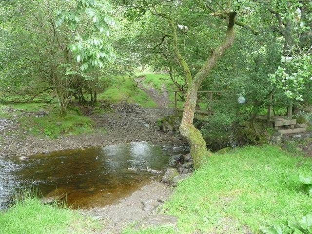 Ford and footbridge near Great Abbey Farm