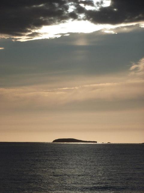 Sumburgh: Horse Island in silhouette
