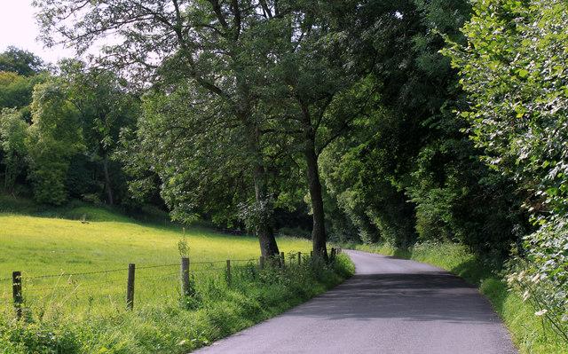 2011 : Minor road leaving Boyton