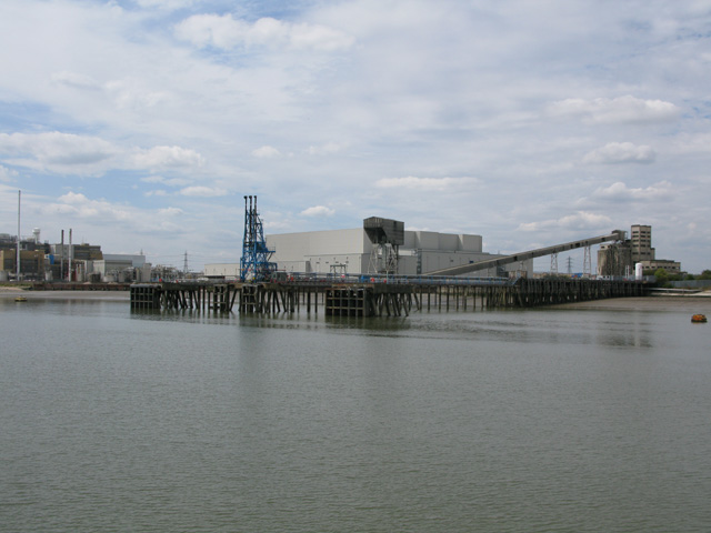 Jetty near the Proctor and Gamble site