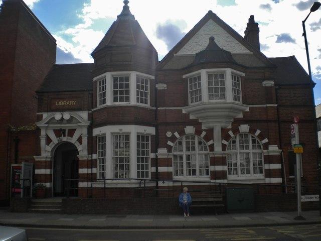 Kilburn Library, Salusbury Road NW6
