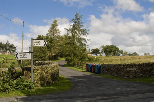 Road Junction and entrance to Field Head