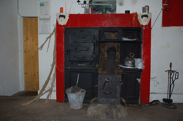 Fireplace in Over Phawhope bothy