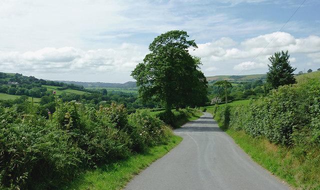 Lane west from Llwyn-y-Groes, Ceredigion