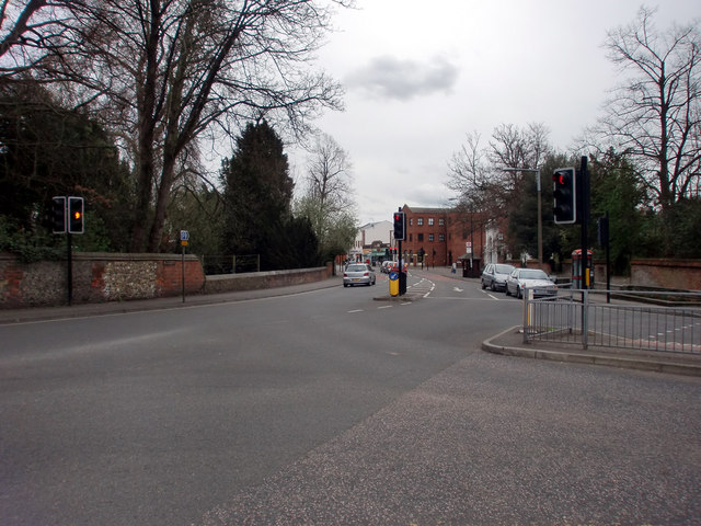 Road Junction opposite Spring Tavern, Ewell West, Surrey