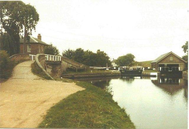 Marsworth Top Lock in 1984
