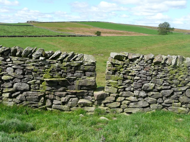 Stile on a footpath near Farther Rome, Giggleswick