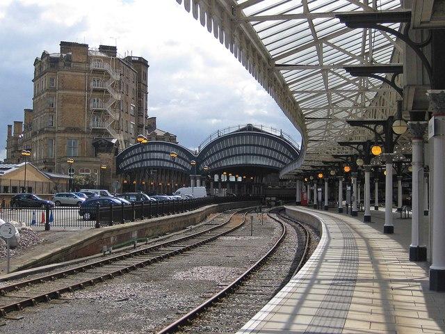 Glass canopy, York station
