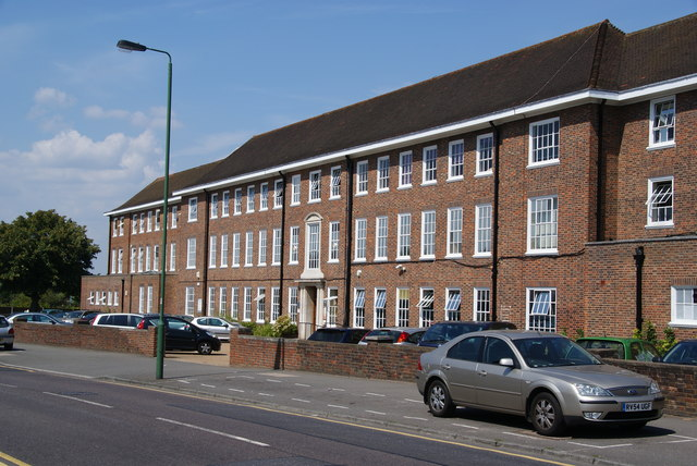 Office block on Cheam Common Road