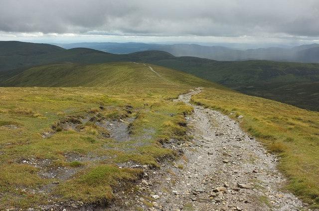 Track south of Glas Tulaichean