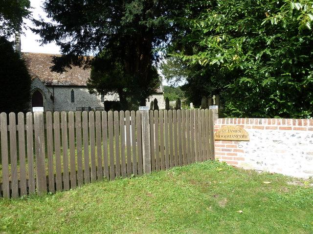 Fence outside St James, Woodmancott