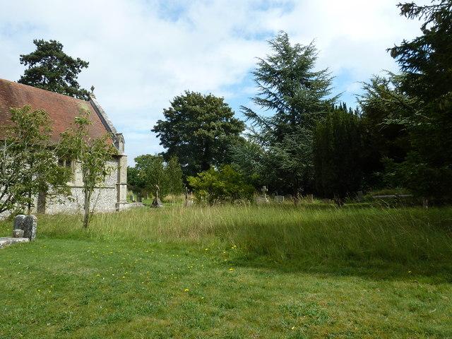 St Leonard, Cliddesden: churchyard (i)