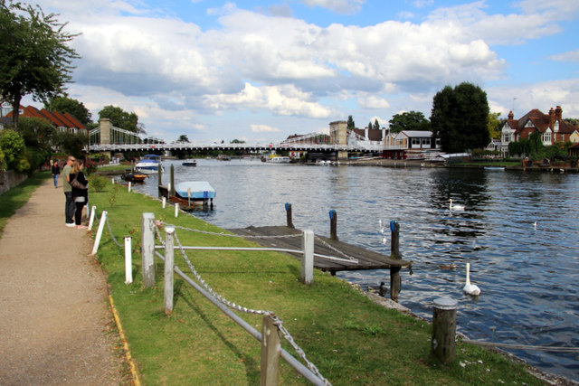 Thames Path, Marlow, Buckinghamshire