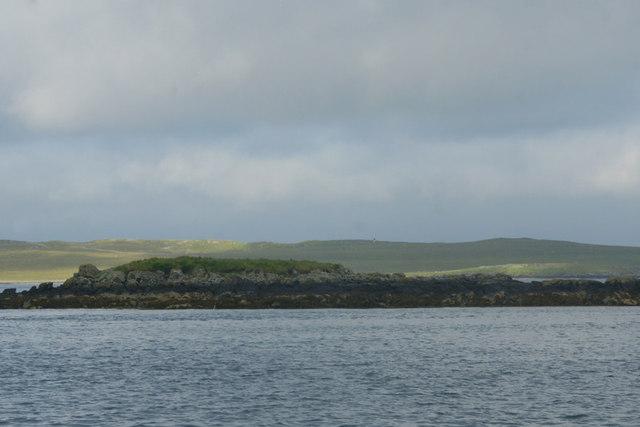Sgeir Mhic Coma, off An t-Ob (Leverburgh)