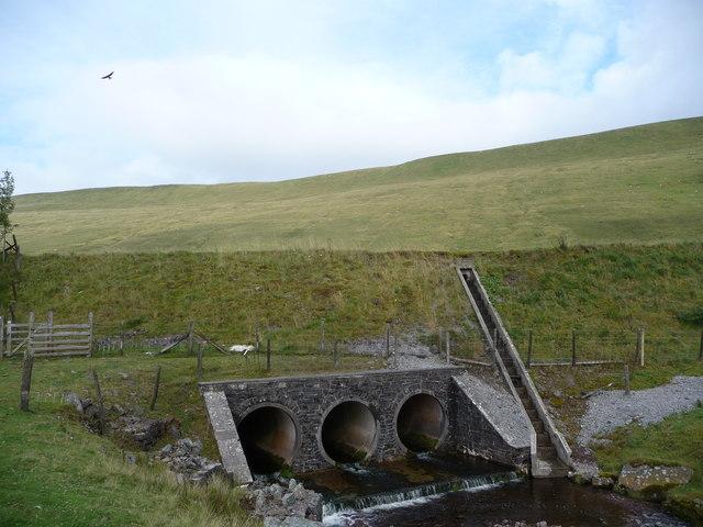 Afon Taf Fawr passing under the A470 road near Beacons Reservoir