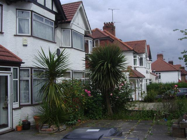 Houses on Meadow Drive, Hendon