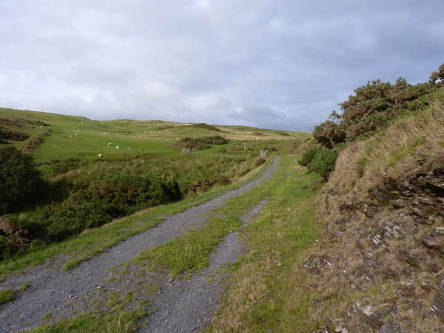 The old track up Cwm Safn-ast