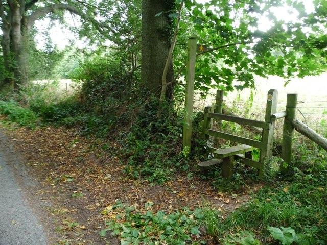 Footpath stile and signpost, Steventon Road
