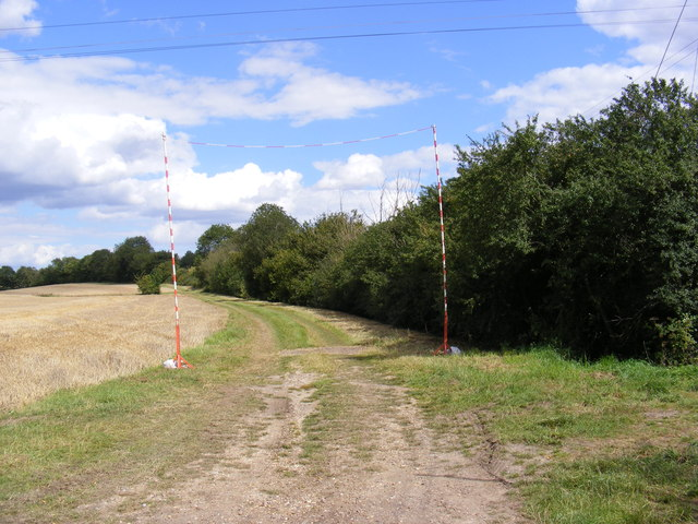 Footpath to Mill Lane Byway