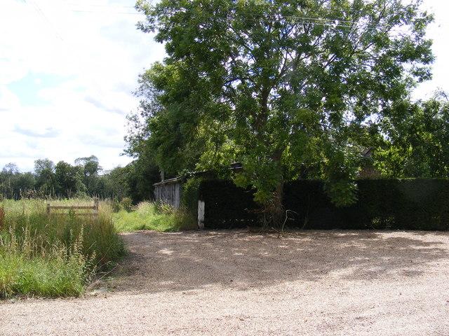 Field entrance off Swan Lane