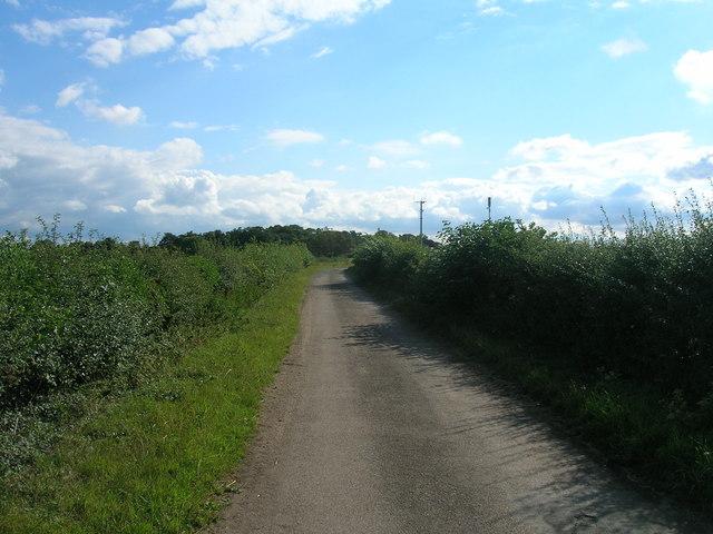 Long Brecks Lane towards the A1