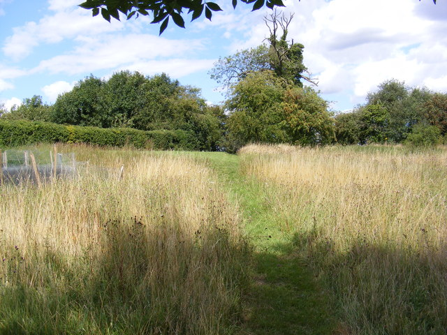 Stile of footpath to Swan & Jockey's Lane