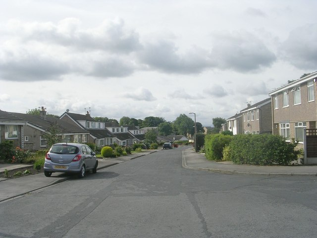 Brown Hill Drive - looking towards Bradford Road