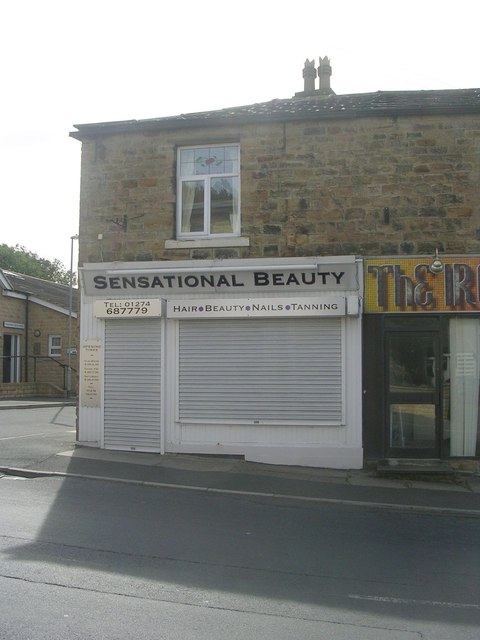 Sensational Beauty - Town Street