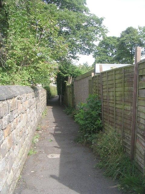 Footpath - St Paul's Road