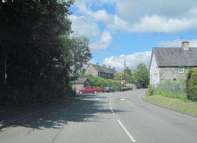 B4403 through Llanuwchllyn