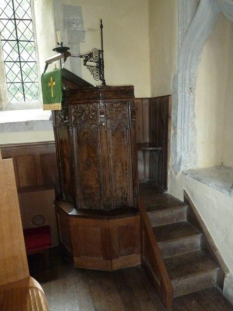 Dummer - All Saints Church: pulpit