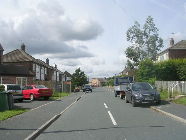 Ghyllroyd Drive - Birkenshaw Lane