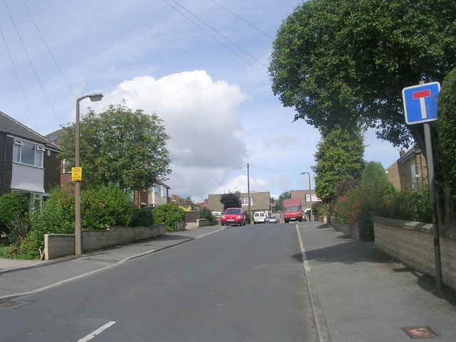 Lynwood Close - Ghyllroyd Drive