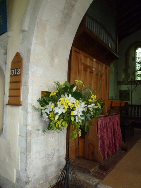 Dummer - All Saints Church: floral display