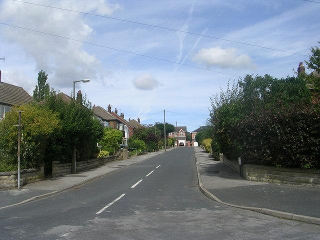 Kingsley Close - Kingsley Avenue
