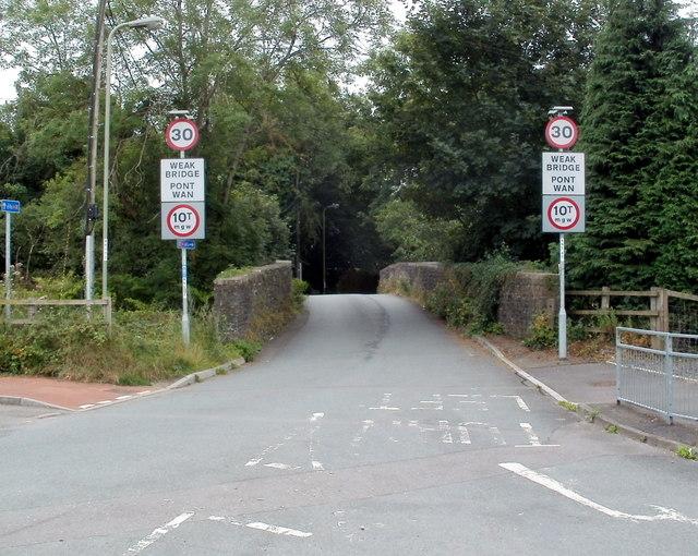 Weak bridge ahead, Old Bedwas Road, Bedwas