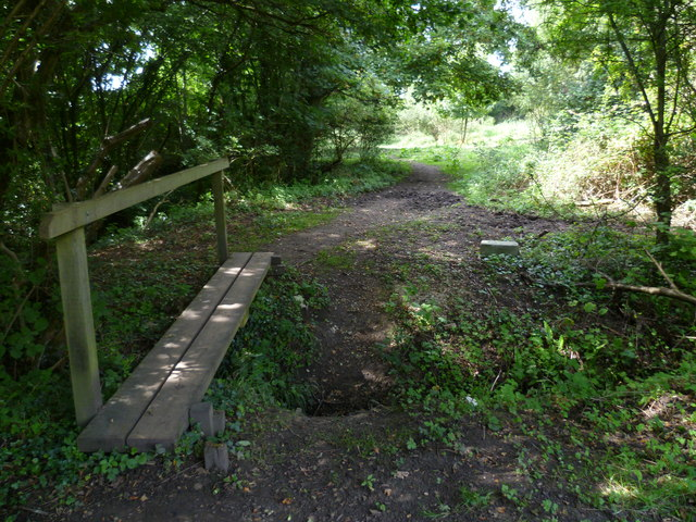 Footbridge west of Clappers Lane