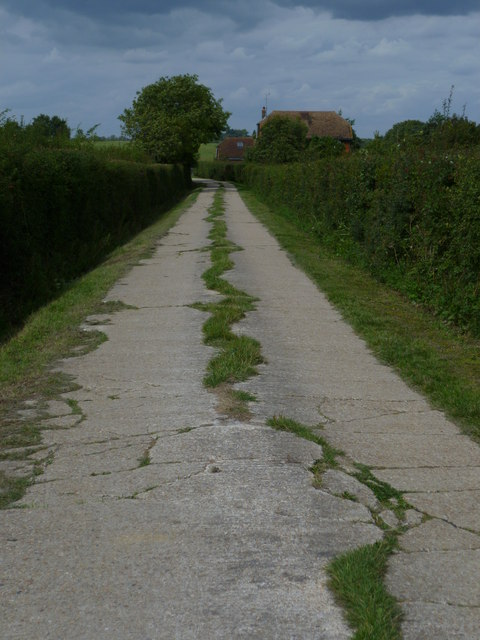 Footpath towards Perching Sands Farm Cottages