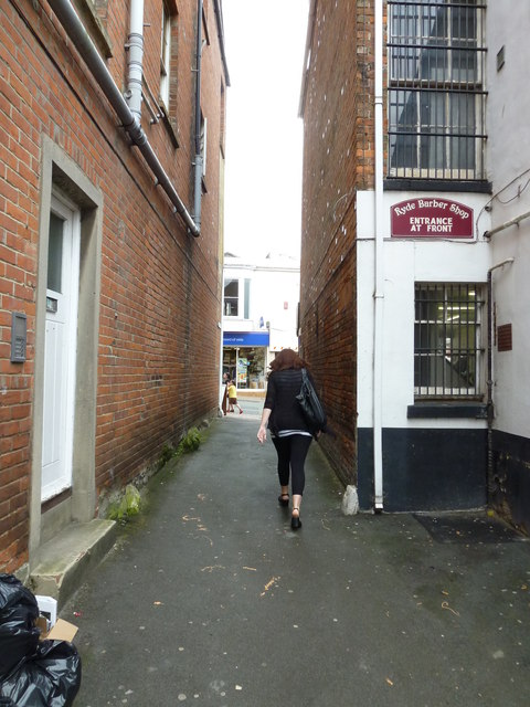 Cut through from The Old Forge to the High Street