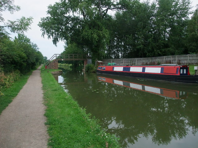 Footbridge over the Grand union Canal, Market Harborough Branch