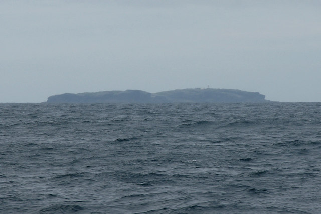 Eilean Hasgeier (Haskeir) from the north