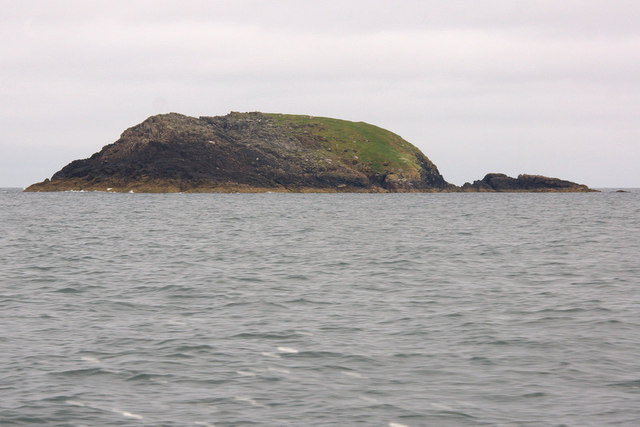 Siolaigh Bheag, north of Pabbay (Pabaigh)