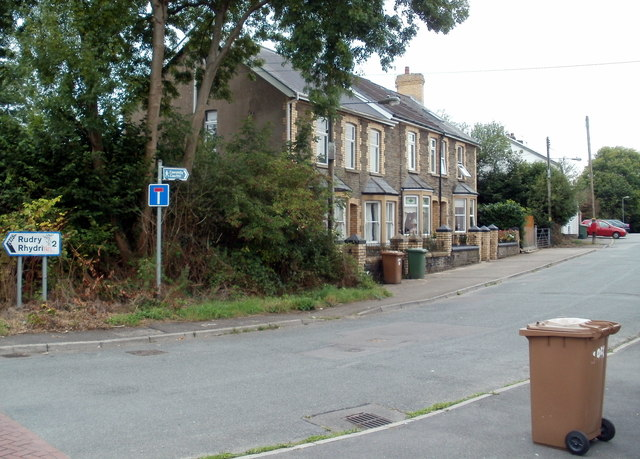 A row of three houses, Old Bedwas Road, Caerphilly
