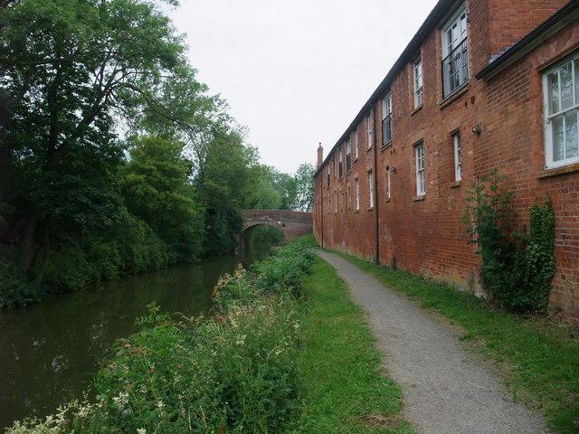 Approaching Bowden Hall Bridge