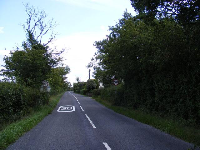 B1079 Helmingham Road entering Otley