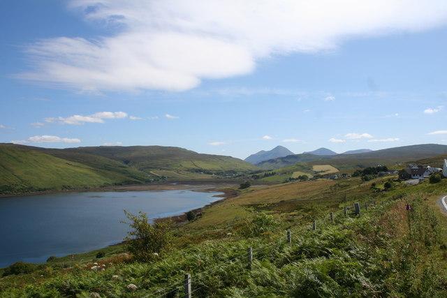 Loch edge at Carbostmore