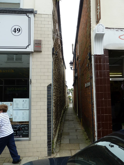 Looking from the High Street into Warwick Place