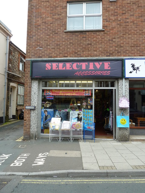 Ryde High Street- Selective Accessories