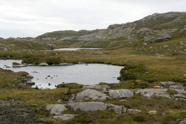 Un-named loch between the Lochs of na Creige Glaise and n-Aibhne Gairbhe