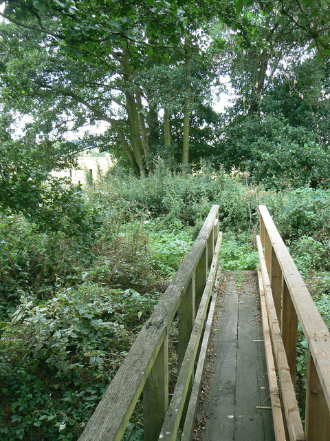 Footbridge over the Dover Beck